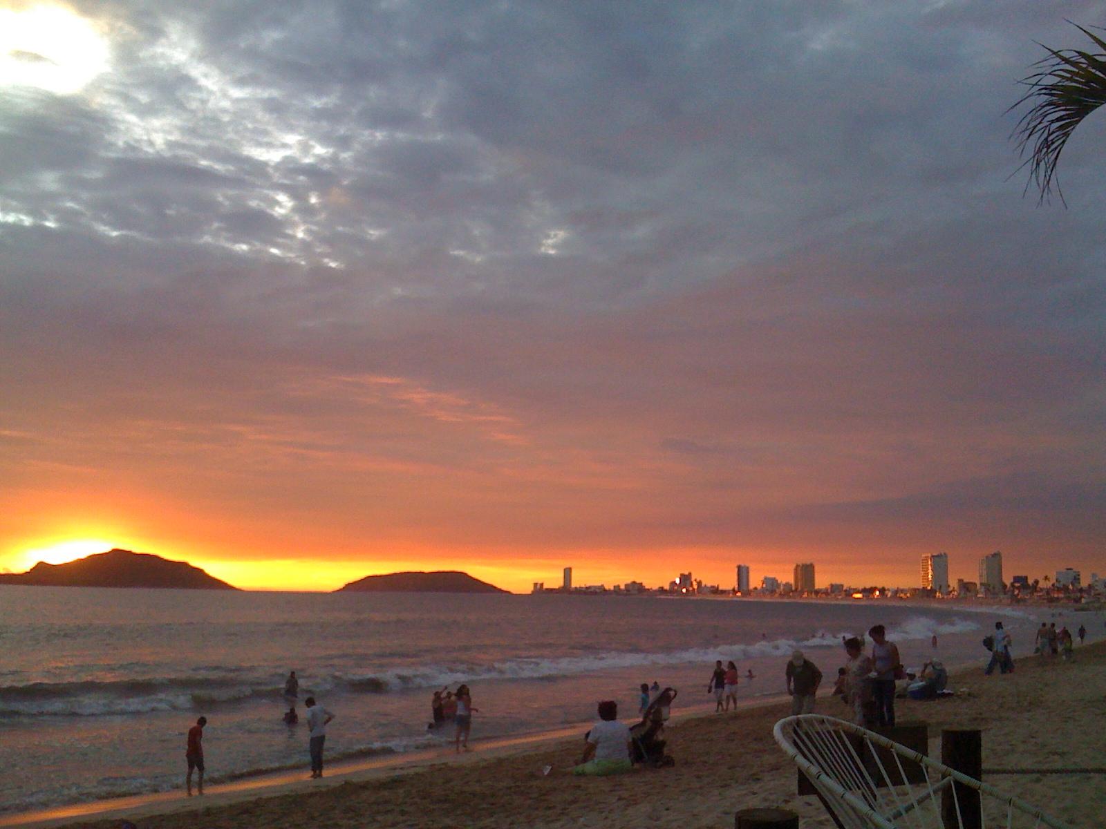 Las 3 islas sunset 2